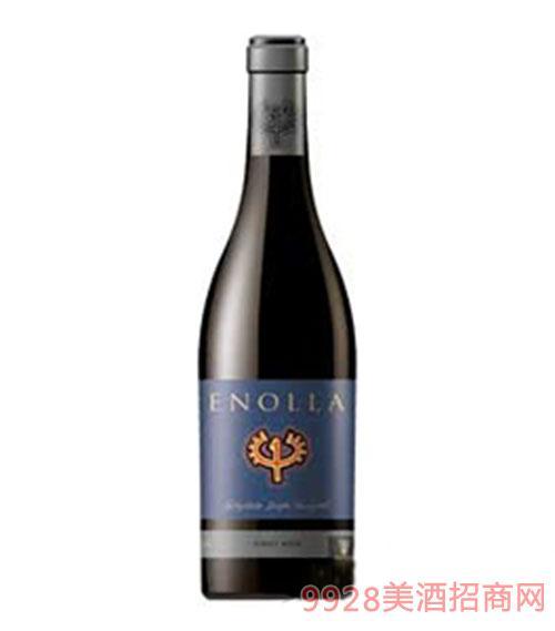 藏蓝色恩诺拉干红葡萄酒