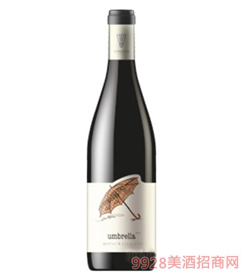 梅洛黑皮诺混合雨伞红葡萄酒
