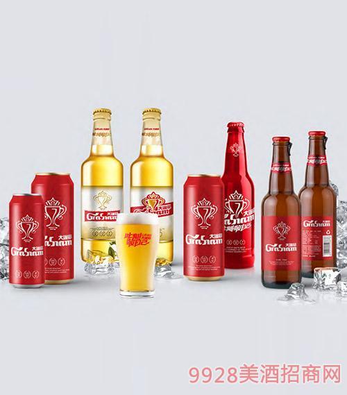 大�M冠啤酒��拾嫒�家福