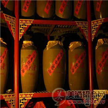 太泉古酒窖白酒储藏