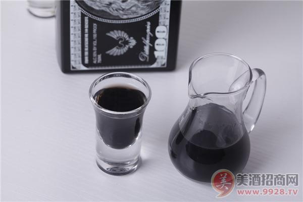 颠覆白酒的黑酒,黑色浓酱型酒