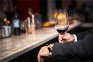 葡萄酒为什么不能一口咽下去?