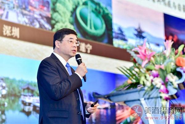 舍得酒业股份有限公司董事、营销总经理吴健
