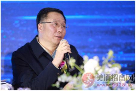 茅台集团委 董事长 总经理李保芳