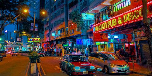 在香港周末约会,你会选择什么样的酒局?