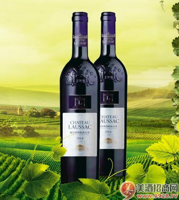 进口路萨克庄园干红葡萄酒,香气精细而优雅,黑水果的伴随着木桶的香