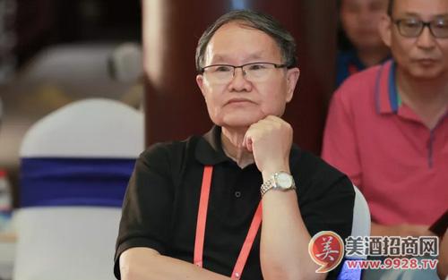 著名作家刘庆邦:为酒而生