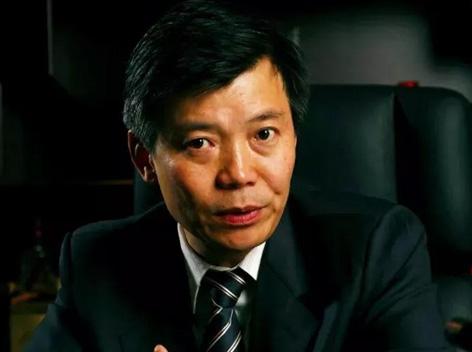 谢明:中国白酒应坚守固有路线重混创新
