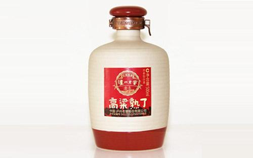 泸州老窖高粱熟了的背景起底,大牌名酒的实力来源!