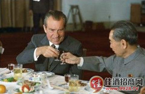 总理莫斯科喝酒过量向主席写检讨,主席说:换成我就跟他们比吃辣椒! - 泡泡糖 - ylxtjjldj 的博客