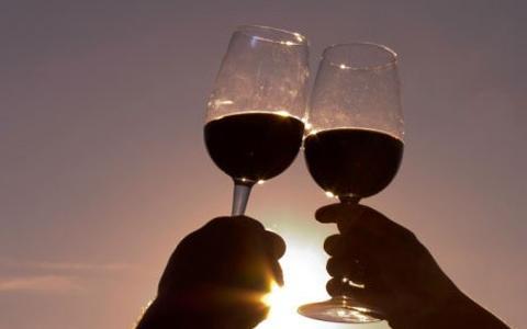 品尝法国葡萄酒的三大步骤