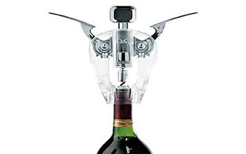 用开瓶器怎么开红酒?