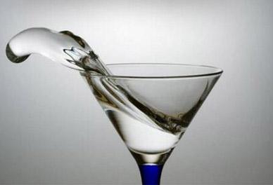 白酒与酒精有什么区别?