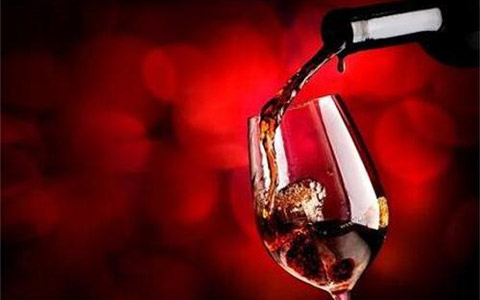 挑选红酒杯的这些讲究你都知道吗?