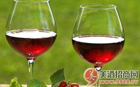 葡萄酒的酸与单宁如何分辨?