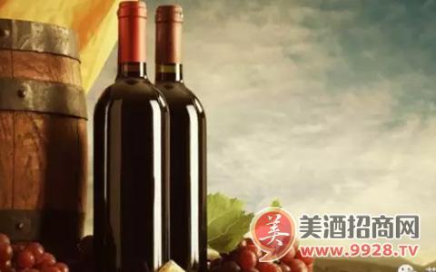 世界上首个酿造珍藏葡萄酒的是谁?