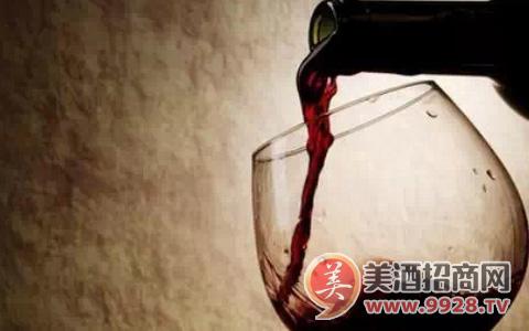 怎样用气味辨别葡萄酒的缺陷?