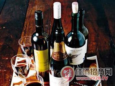葡萄酒酿造有哪些步骤?