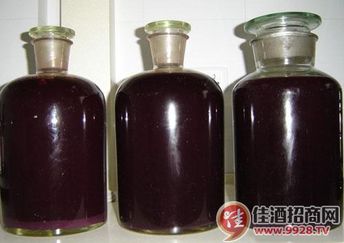 自酿葡萄酒过程