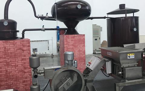 第六届国际葡萄酒酿酒技术设备展在银川国际会展中心开幕