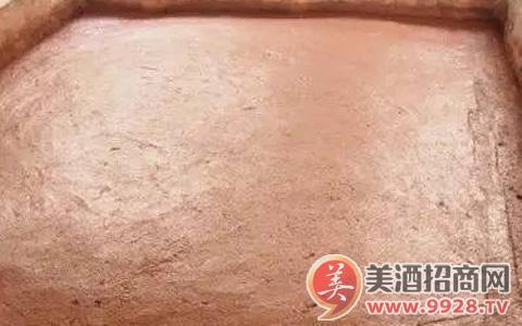 揭秘窖泥——酱香型白酒酿造的功臣