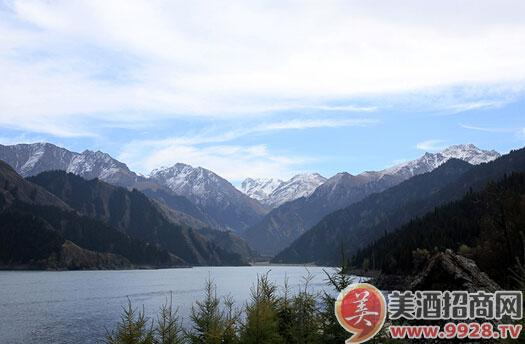新疆风景图片与人
