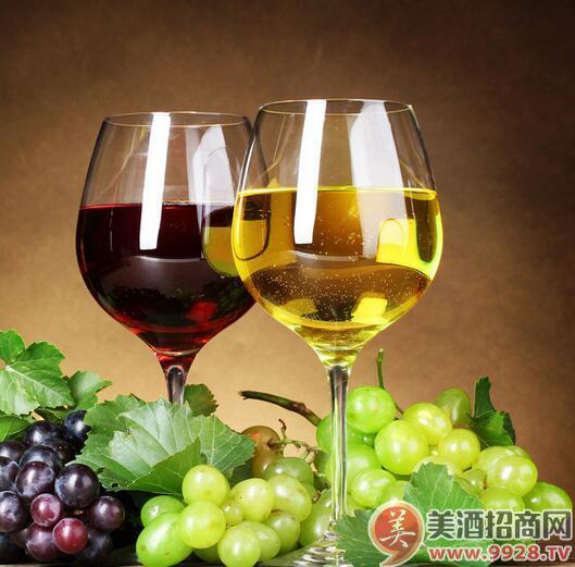 福州消费者为烟台葡萄酒点赞