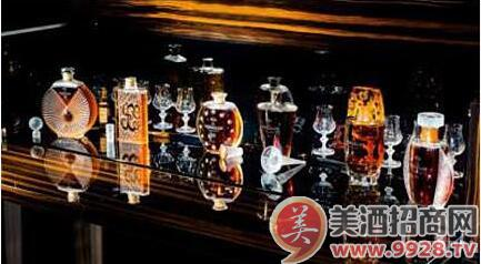 香港苏富比四月将呈献两场佳酿拍卖