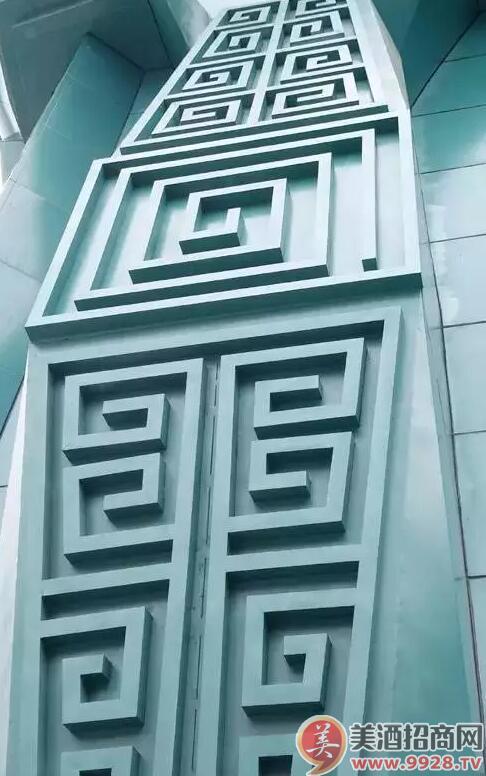 (外墙上的花纹)
