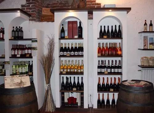 为自己的葡萄酒找一块理想的存储之地