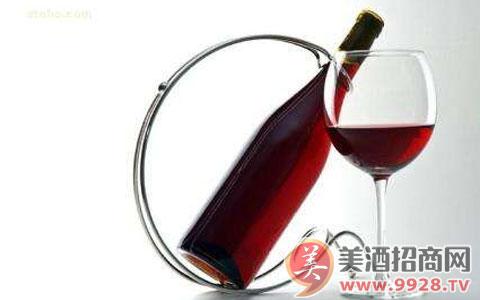 第三季度进口散装葡萄酒酒暴涨100.74%,原因为何?
