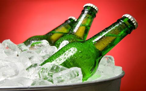 啤酒企业抱团涨价 行业格局待打破