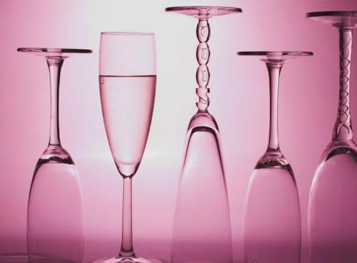 香槟杯或将面临着变革