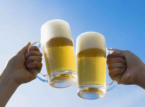 2018年1-7月中国啤酒产量2512万千升,增长0.5%