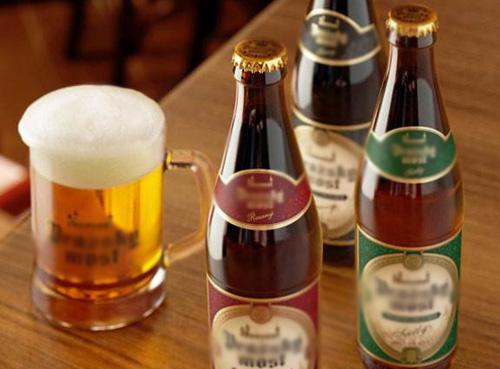 俄罗斯邮局陷入困境 售卖啤酒创收