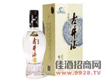 淡雅古井酒