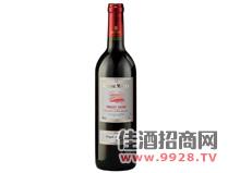 黑比诺红葡萄酒