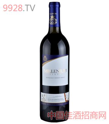 宝玛湾解百纳美乐干红葡萄酒