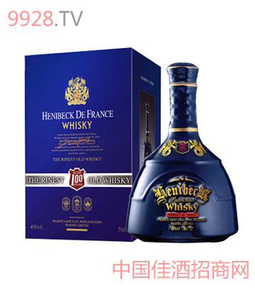 轩尼?#32431;?#34013;色血液威士忌酒