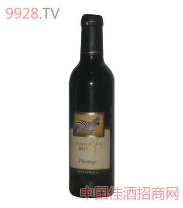世界印记品乐塔吉葡萄酒