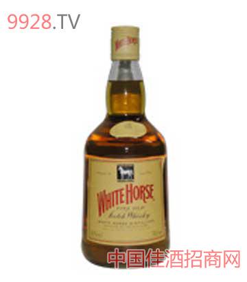 白马威士忌酒