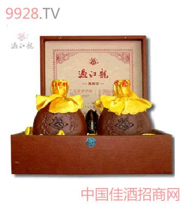 过江龙紫砂窖藏酒