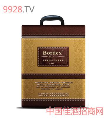 波多士六支装皮盒葡萄酒