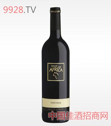 柯林茨踏足非洲品乐塔吉干红葡萄酒