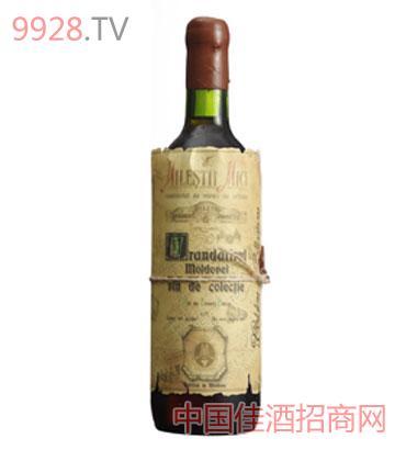 黄金典藏摩尔多瓦玫瑰甜白葡萄酒