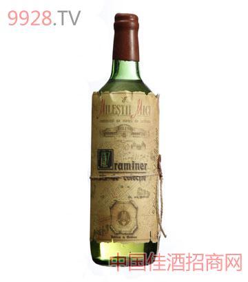 黄金典藏琼瑶浆干白葡萄酒