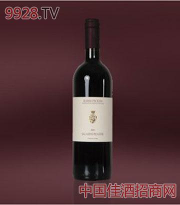 彼切诺红葡萄酒