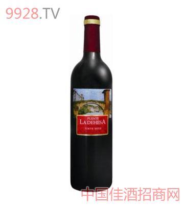 石鼓桥(经典)干红葡萄酒