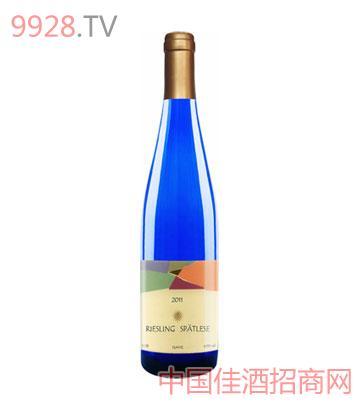 甜白葡萄酒