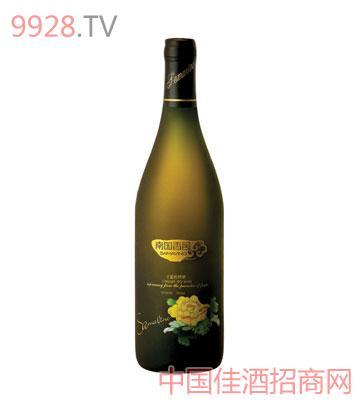 干型枇杷酒